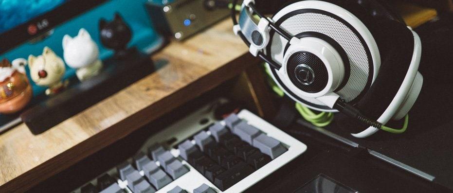 Wired vs Wireless vs Truly Wireless Headphones