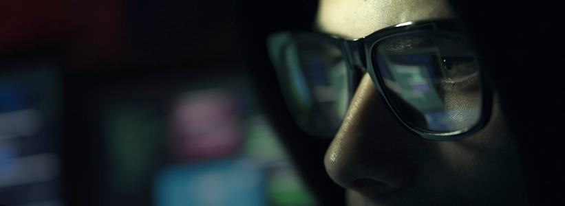 gamer with gaming glasses