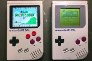 Game Boy Retroilluminato