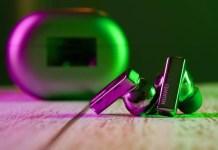FreeBuds Pro, le cuffie a cancellazione di rumore di Huawei con una potente autonomia, a 121 euro grazie a un codice sconto