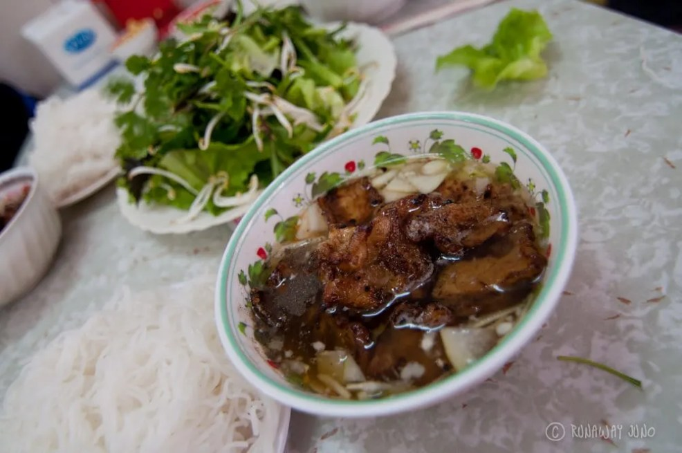 Things to do in Hanoi, Places to visit in Hanoi, Food to try in Hanoi, Bun Cha