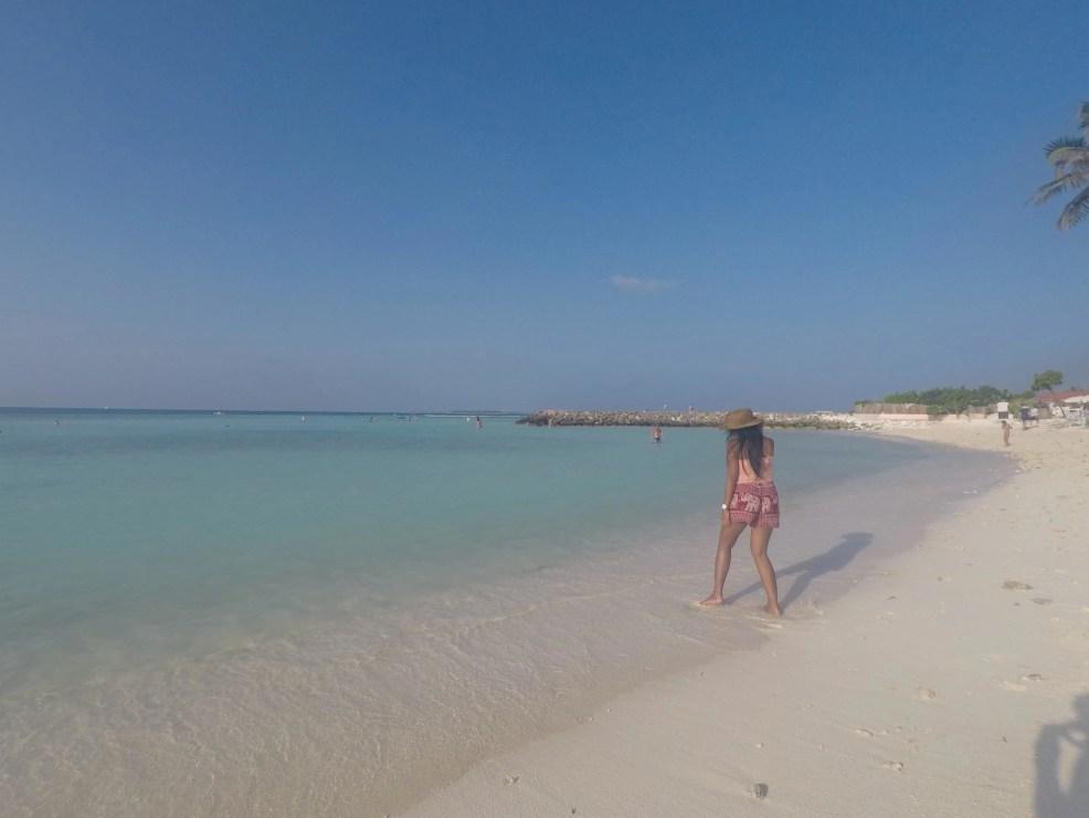 visiting Maafushi, maldives on a budget, trip to Maldives, where to stay in Maldives, cheap hotels in Maldives, things to do in Maldives, how to get to Maldives, Maldives food