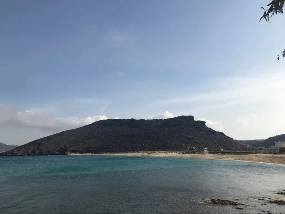 Things to do in Mykonos, Places to visit in Mykonos, Food to try in Mykonos, panormos beach in mykonos