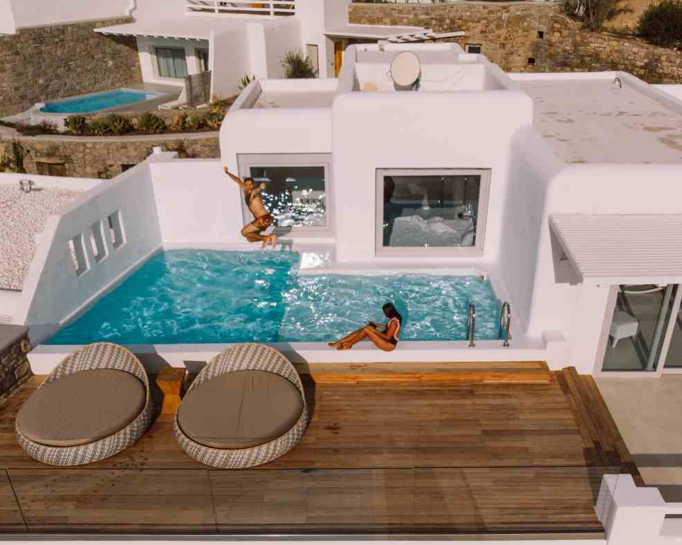 Things to do in Mykonos, Places to visit in Mykonos, Food to try in Mykonos, cavo tagoo mykonos