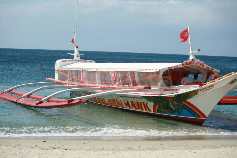 things to do in Puerto Galera, island hopping in Puerto Galera