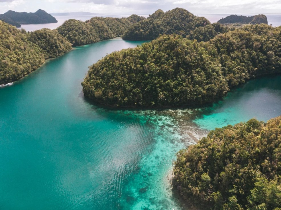 how to get to surigao