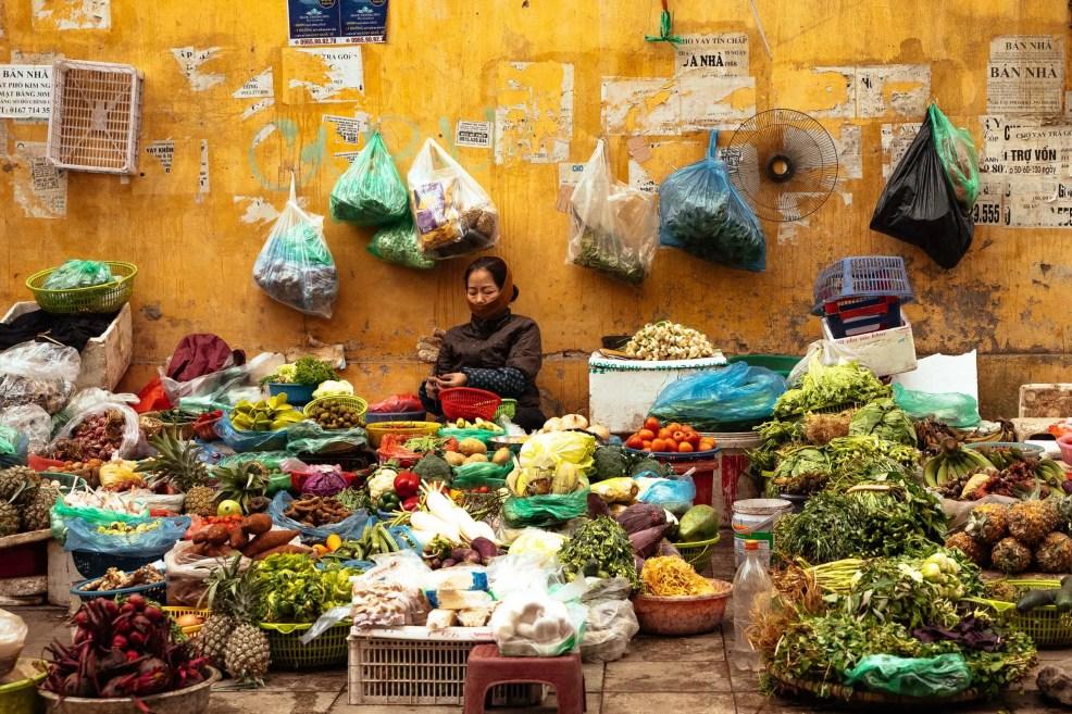 off the beaten path experiences in Hanoi, Walking around alleys of Hanoi's Old quarters