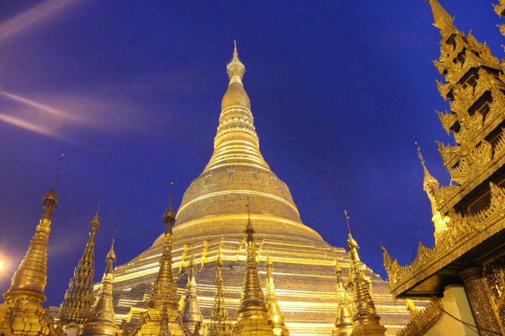Shwedagon Pagoda, Instagrammable places in Myanmar