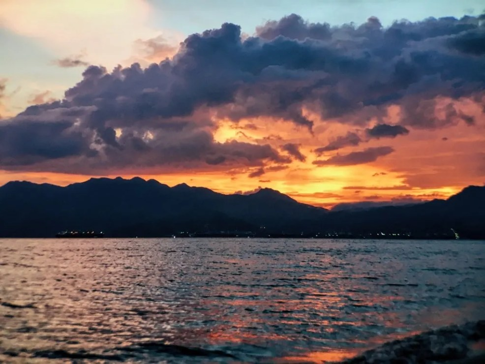 things to do in Subic, Subic travel guide, sunset in subic, Beaches Near Manila