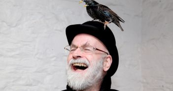 E' morto lo scrittore Sir Terry Pratchett
