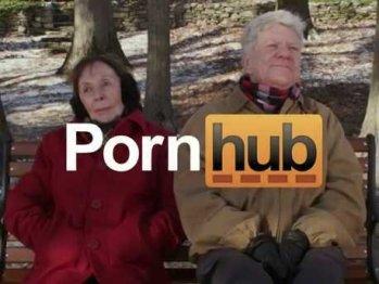 Nel 2013 Pornhub aveva anche preparato uno spot TV (poi non andato in onda) da trasmettere durante il Super Bowl