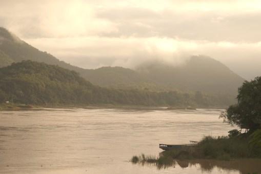 le Mékong depuis Luang Prabang au petit matin