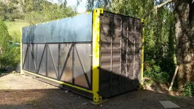 Container fermé