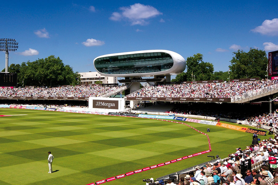 An image of England playing cricket at Lords cricket ground - book a chauffeur to this event from GandT Executive
