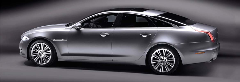 An image of a Jaguar XJ Premium Luxury LWB 3.0 litre, part of GandT Executive's fleet of luxury chauffeur driven cars.