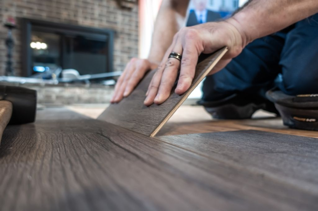 Plank Vinyl vs. Engineered Hardwood: What To Choose