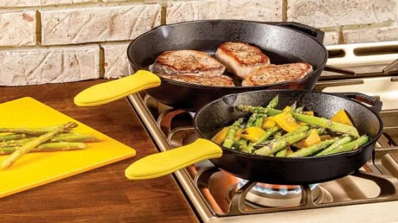 Best gifts under $50: Lodge 12-inch cast iron pan