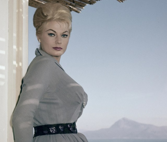 Swedish Actress Anita Ekberg Poses On The Terrace Of Her Hotel In Maratea Southern Italy On Nov 29 1960 Anita Ekberg The Swedish Born Actress And Sex