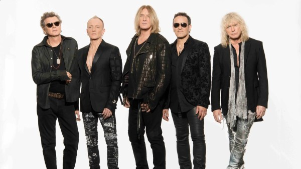 Def Leppard goes digital: Band's whole catalog goes online ...