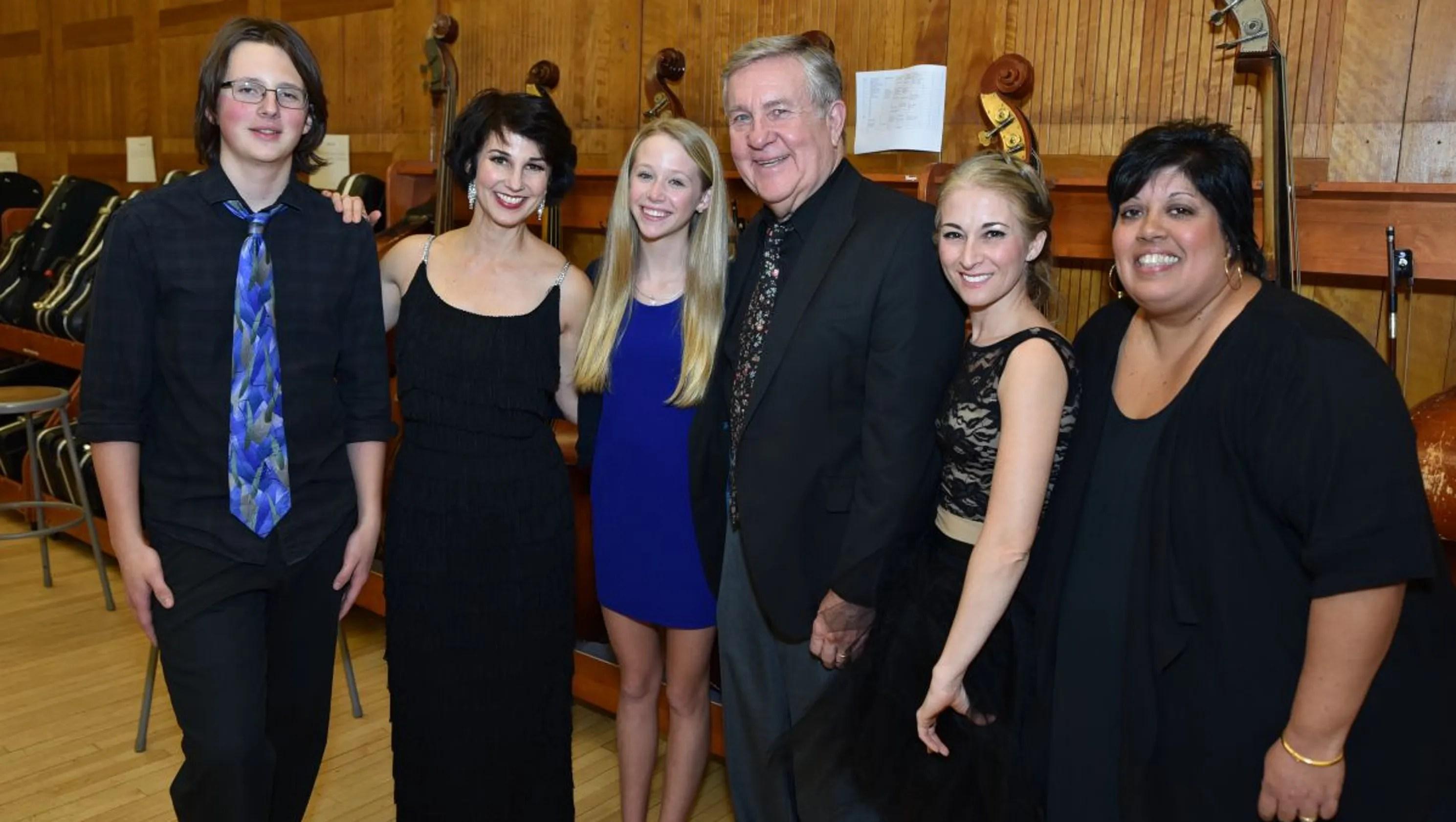 George Washington Middle School Hosts John Lange Concert