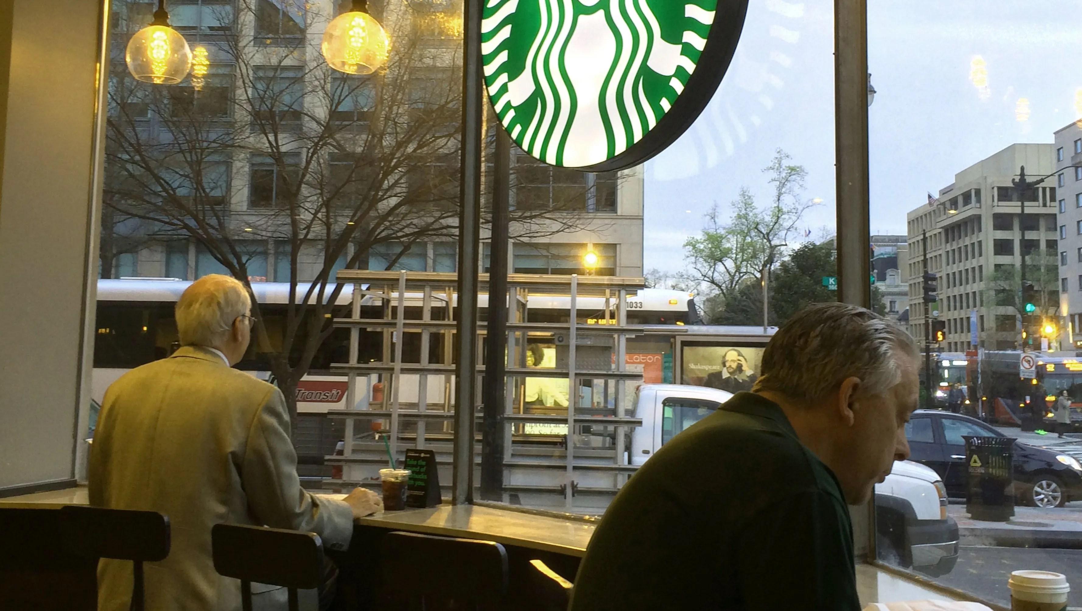 Starbucks Launches Prepaid Visa Rewards Card