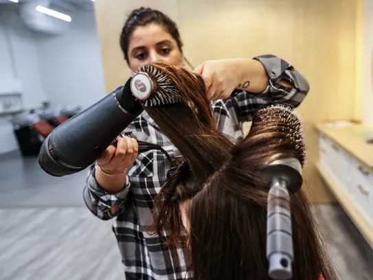Trendy Womens Hair Salon Givings New Meaning To Detroit Blows