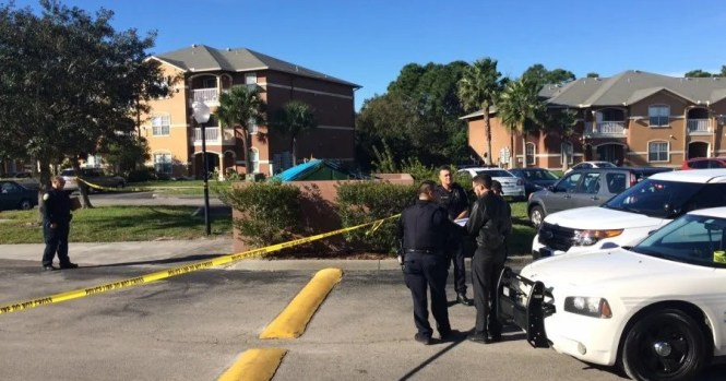 Woman S Body Found Behind Dumpster At Apartment Complex In Port St Lucie