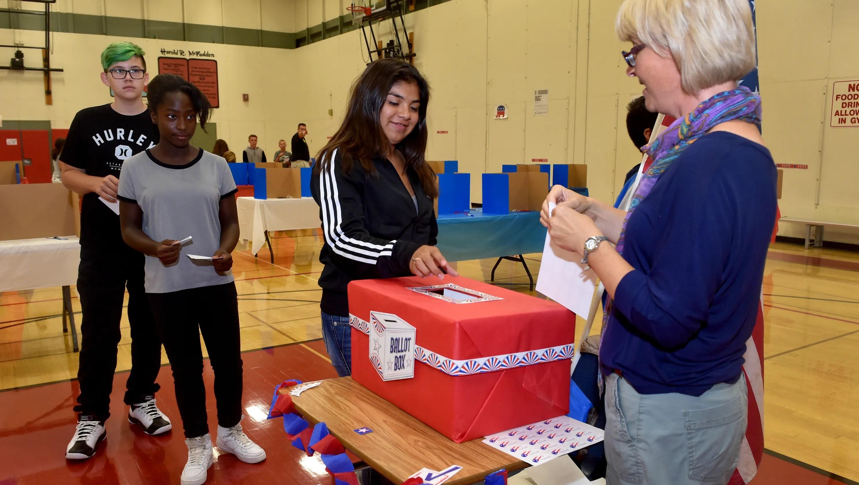Ventura Middle Schoolers Cast Mock Votes For President