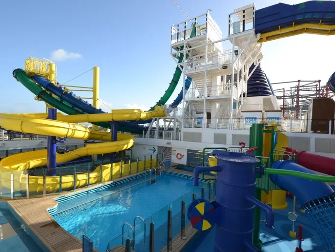 Cruise Norwegian Escape Line