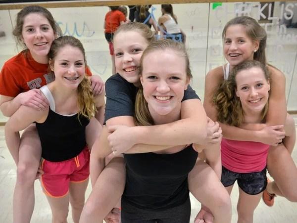 Prep notebook: Tech dance team is a sister act