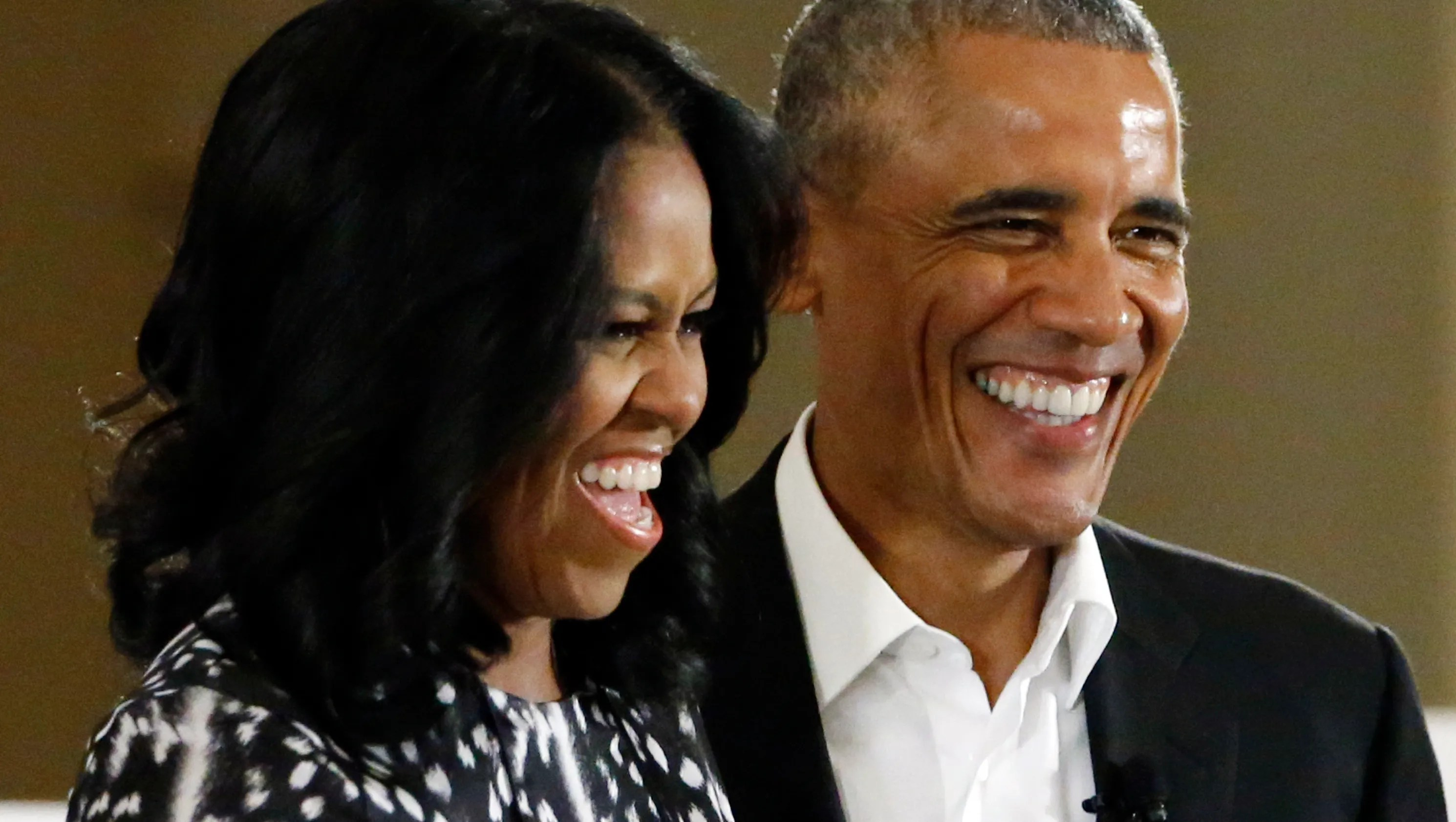 Michelle Obama Wishes Barack Happy 25th Anniversary In