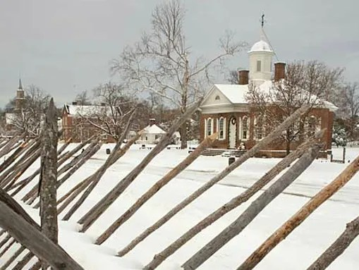 One of Williamsburg's original 18th-century buildings, the Courthouse in a blanket of snow