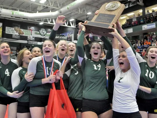 Women of Troy pull off 2011 volleyball championship