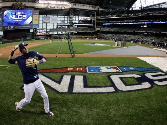 NLCS_Dodgers_Brewers_Baseball_95599.jpg