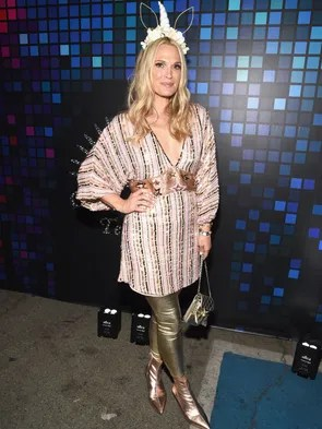 Molly Sims outfit had some hints of unicorn.