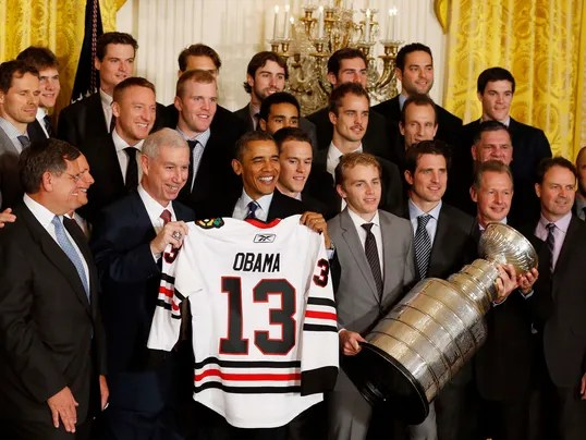 2013-11-04-blackhawks-obama