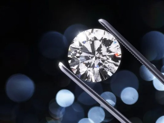 getty-diamond_large.jpg