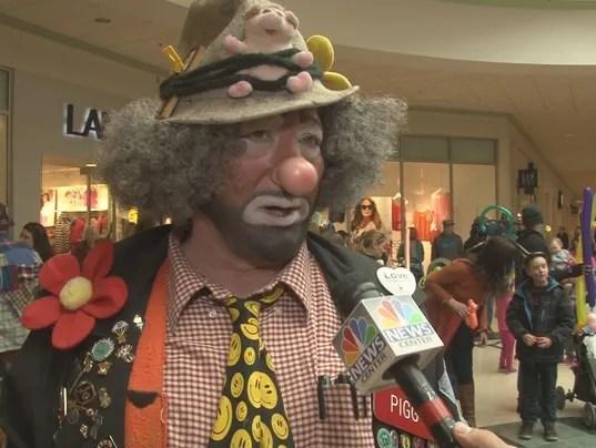 Shriners clown unit takes over Bangor Mall
