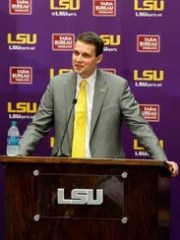 LSU coach Will Wade speaks during his introductory