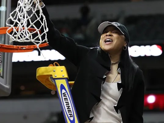Dawn Staley says South Carolina Gamecocks won't go to ...