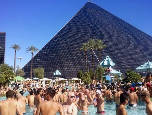 Tour Las Vegas Iconic Luxor Hotel And