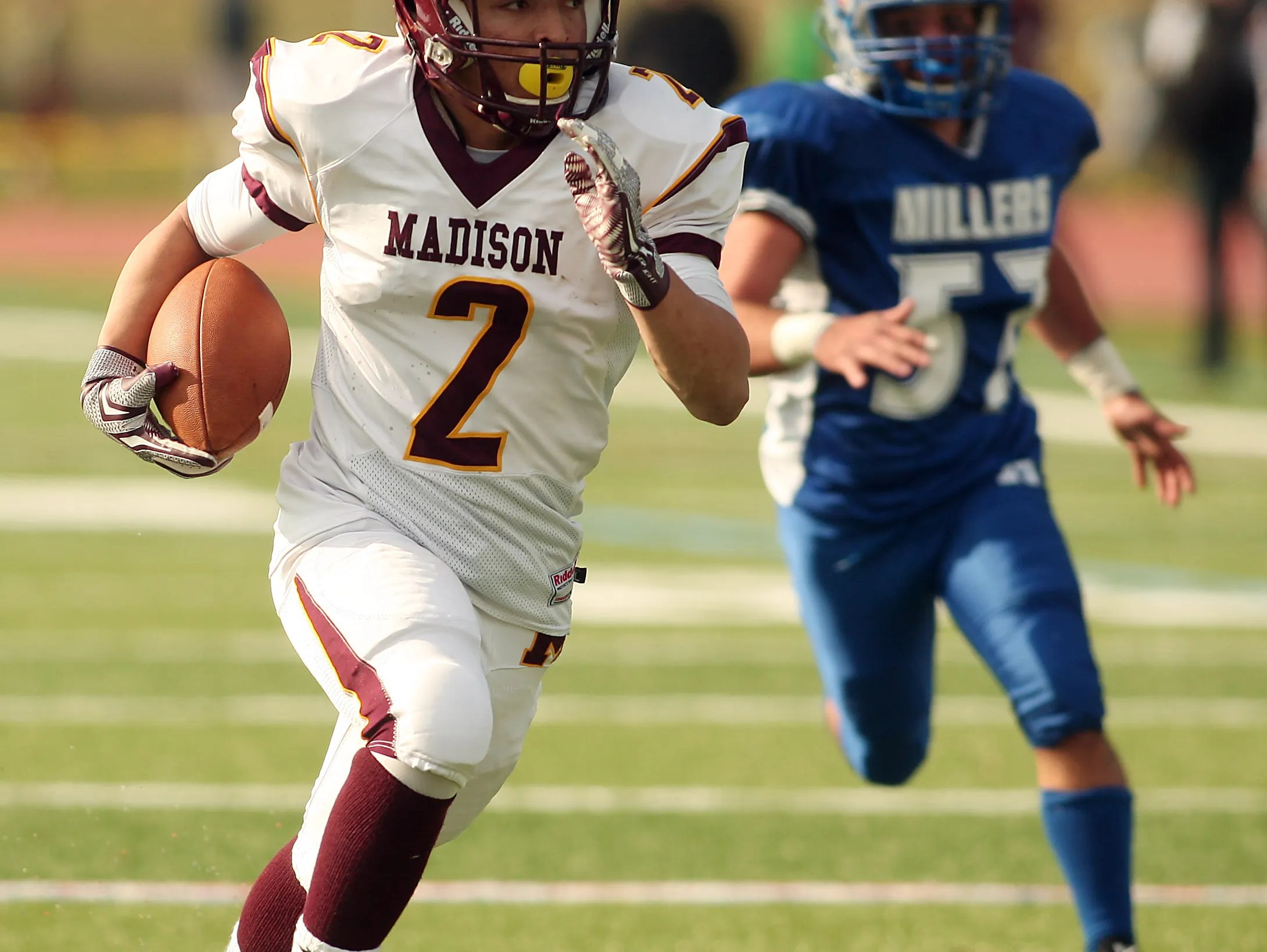 Madison S Mobley Transitions From Running Back To Wide Receiver