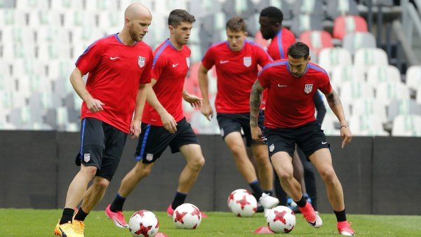Can the U.S. soccer team finally win in Mexico?
