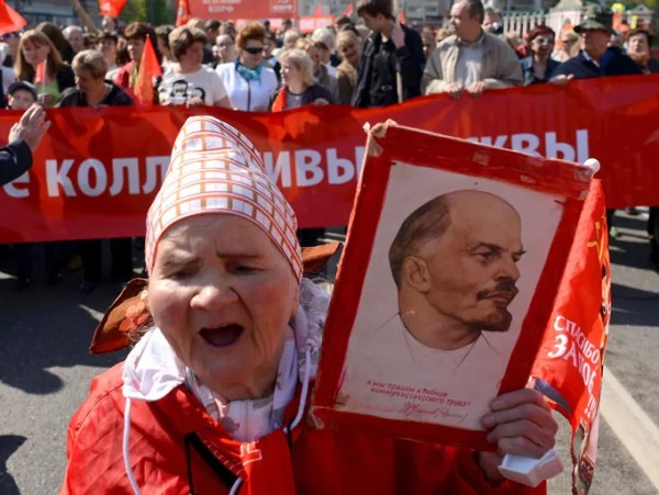 Moscow revives Red Square May Day parade
