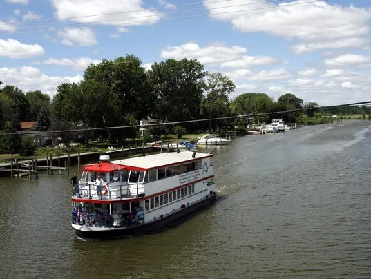 635805215106787157-0712-riverboat9-1-1-K8BK2GL2-L658135203