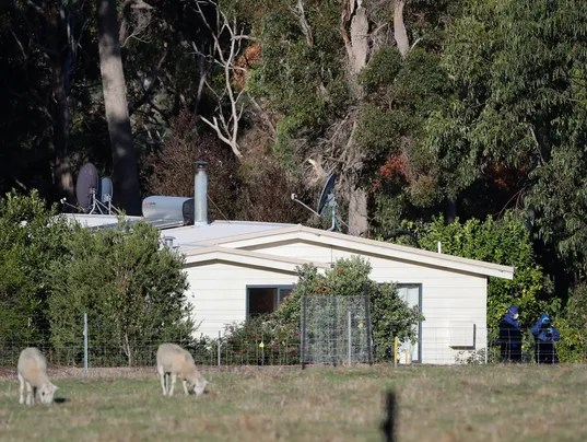 Australia mass shooting: Family of 7 dead, including 4 ...