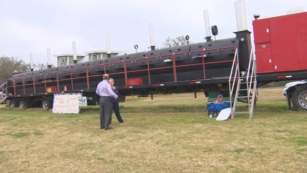 For sale: Buy the world's biggest barbecue pit for $350,000