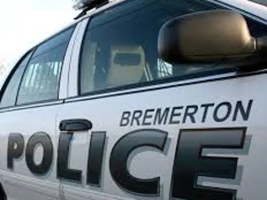 Bremerton police officer hospitalized after collision on