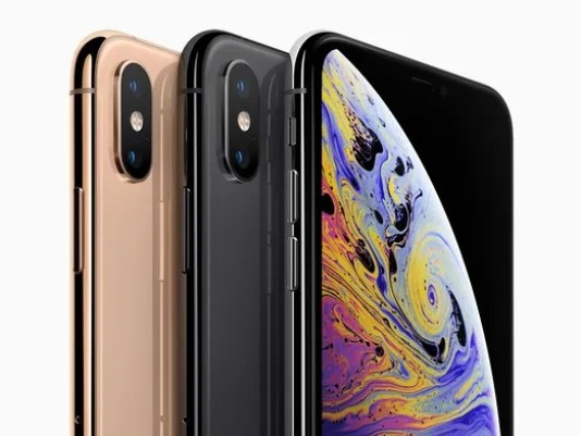 apple-iphone-xs-line-up-09122018-cropped_large.jpg