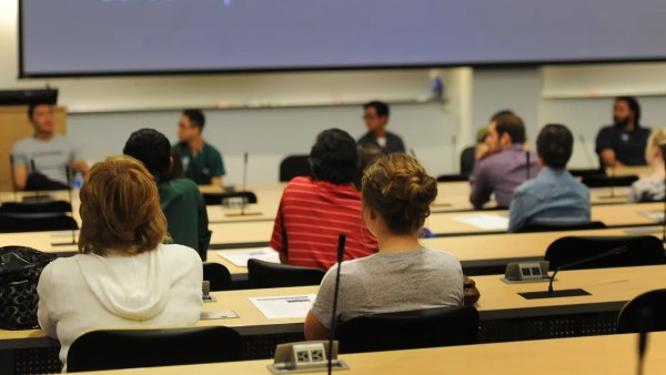 Higher-ed officials push statewide registration for Nevada ...